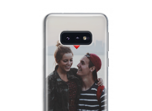 Create your own Galaxy S10 case