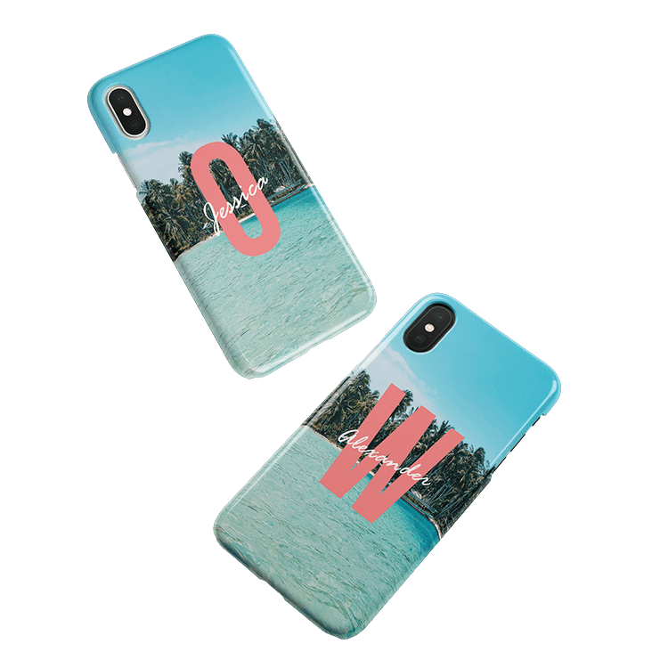 Put your monogram on a iPhone X smartphone case